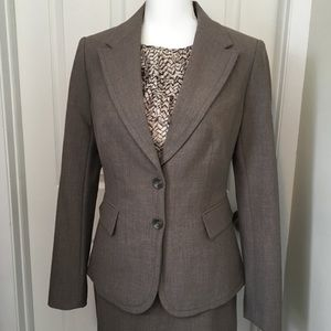 THE LIMITED Skirt & Blazer Suit Set in Soft Brown